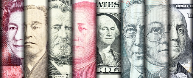 Currency exchange banknotes